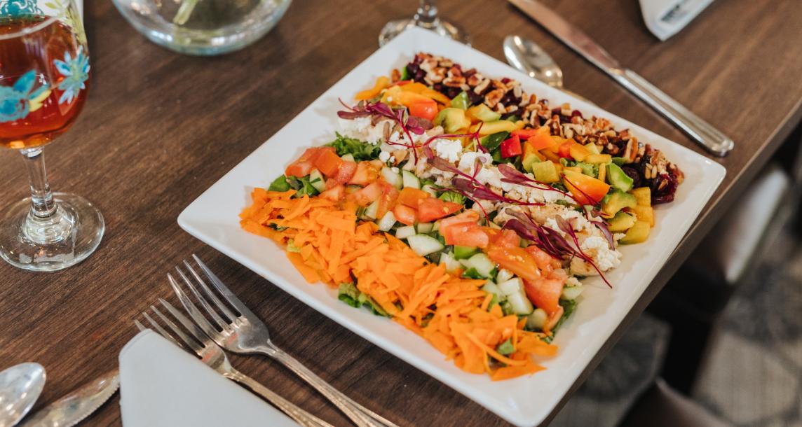 Chef-prepared salad using fresh ingredients